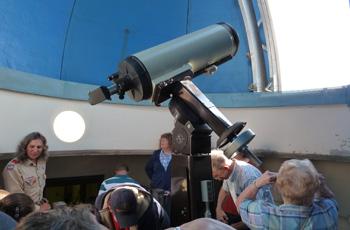 Sidney Frohman Planetarium Telescope