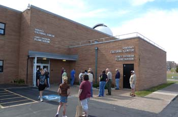 Sidney Frohman Planetarium Entrance