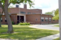 Mills Elementary Photo