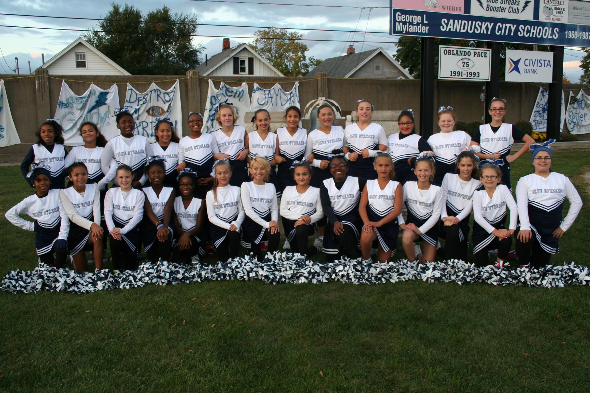 Photo of Elementary Cheerleaders