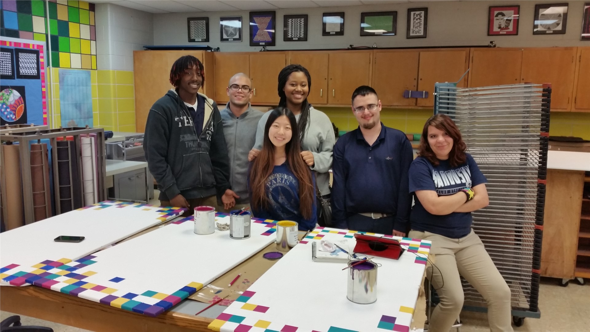 Photo of art students in art room