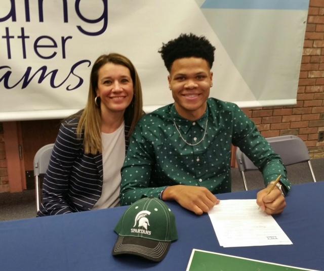 Ja'Vez Alexander signs with Michigan State