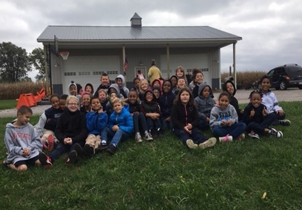 2nd Grade Venice Heights Students at Eshelman Orchard