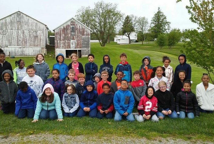 Second graders in Mrs. Ballah and Mr. Johnston's classes visited Weilnau Farm in Milan recently!